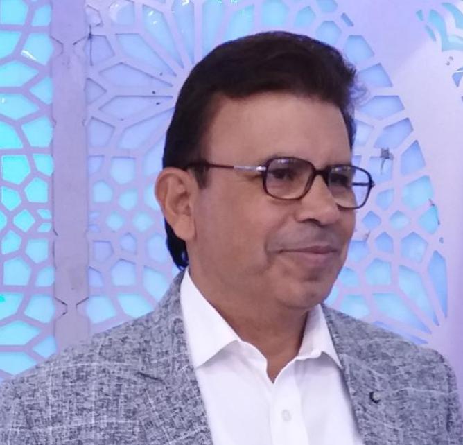 Vijay Batra Karmalogist, Life Coach, Author, Healer, Mentor